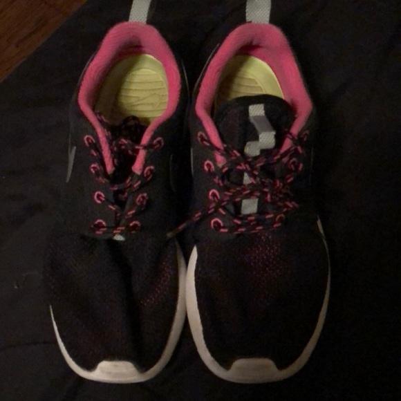 Nike shoes size 7.5w